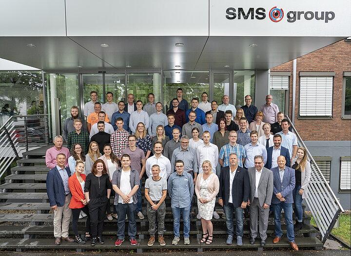 SMSgroup Image